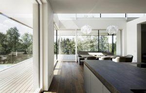 Elmer Fenster Ganzglas im Küchenbereich